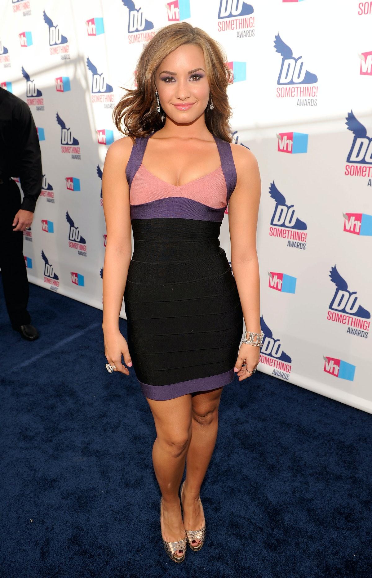 2010 VH1 Do Something Awards - Red Carpet