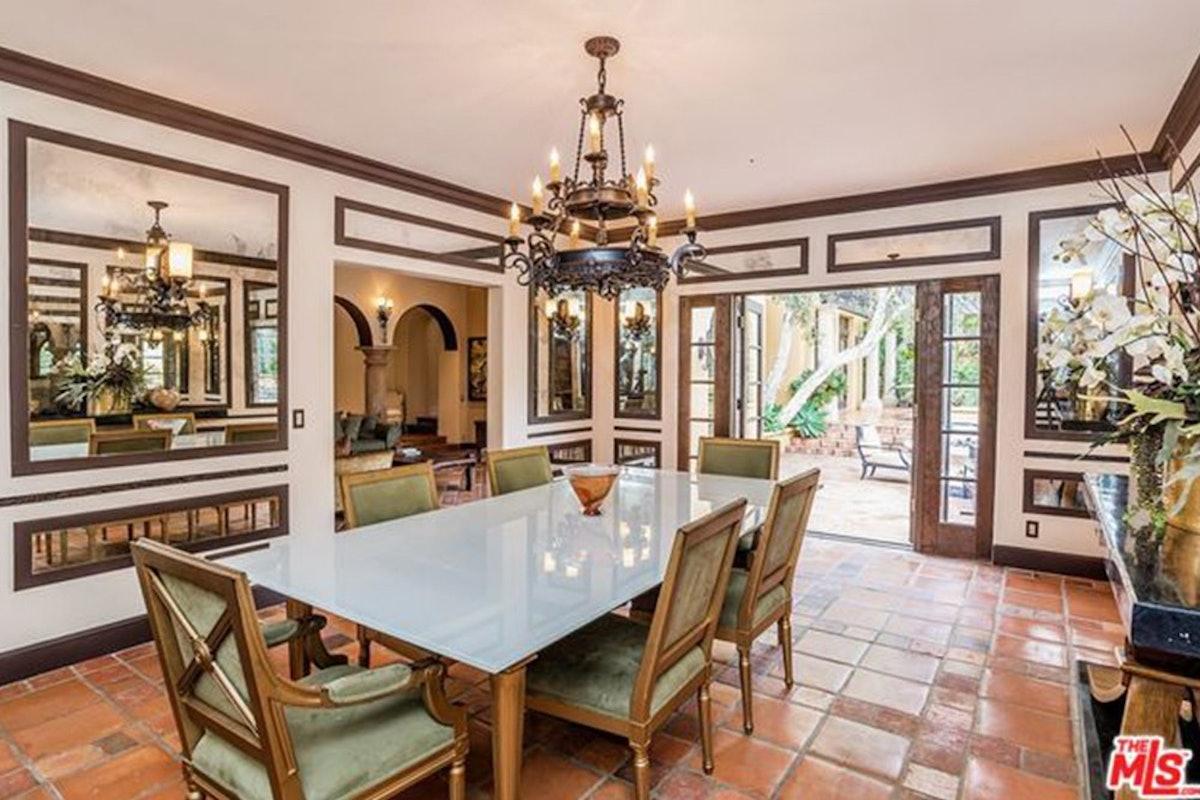 Charlie-Sheen-Sells-Another-Mulholland-Estates-Mansion-062416-DINING.jpg