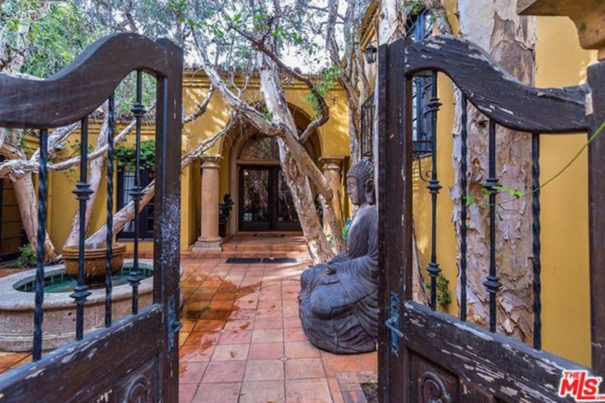 Charlie-Sheen-Sells-Another-Mulholland-Estates-Mansion-062416-GATE.jpg