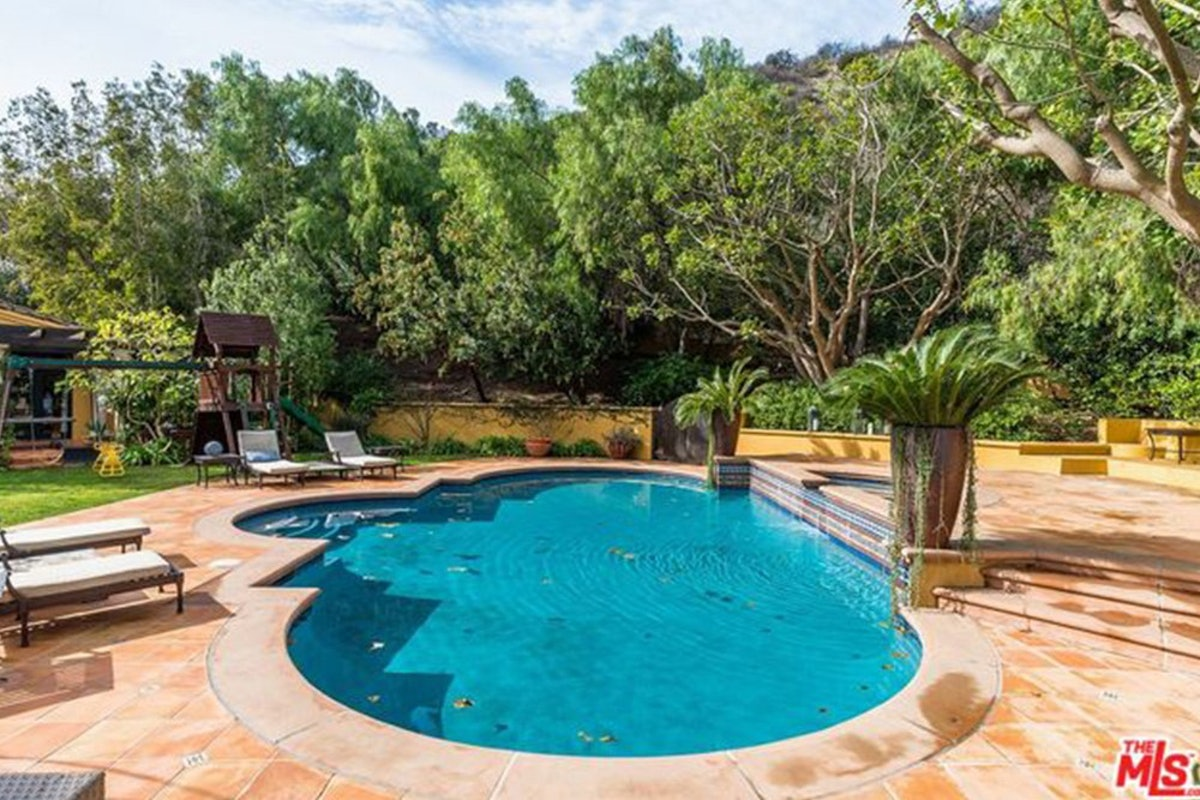 Charlie-Sheen-Sells-Another-Mulholland-Estates-Mansion-062416-POOL.jpg