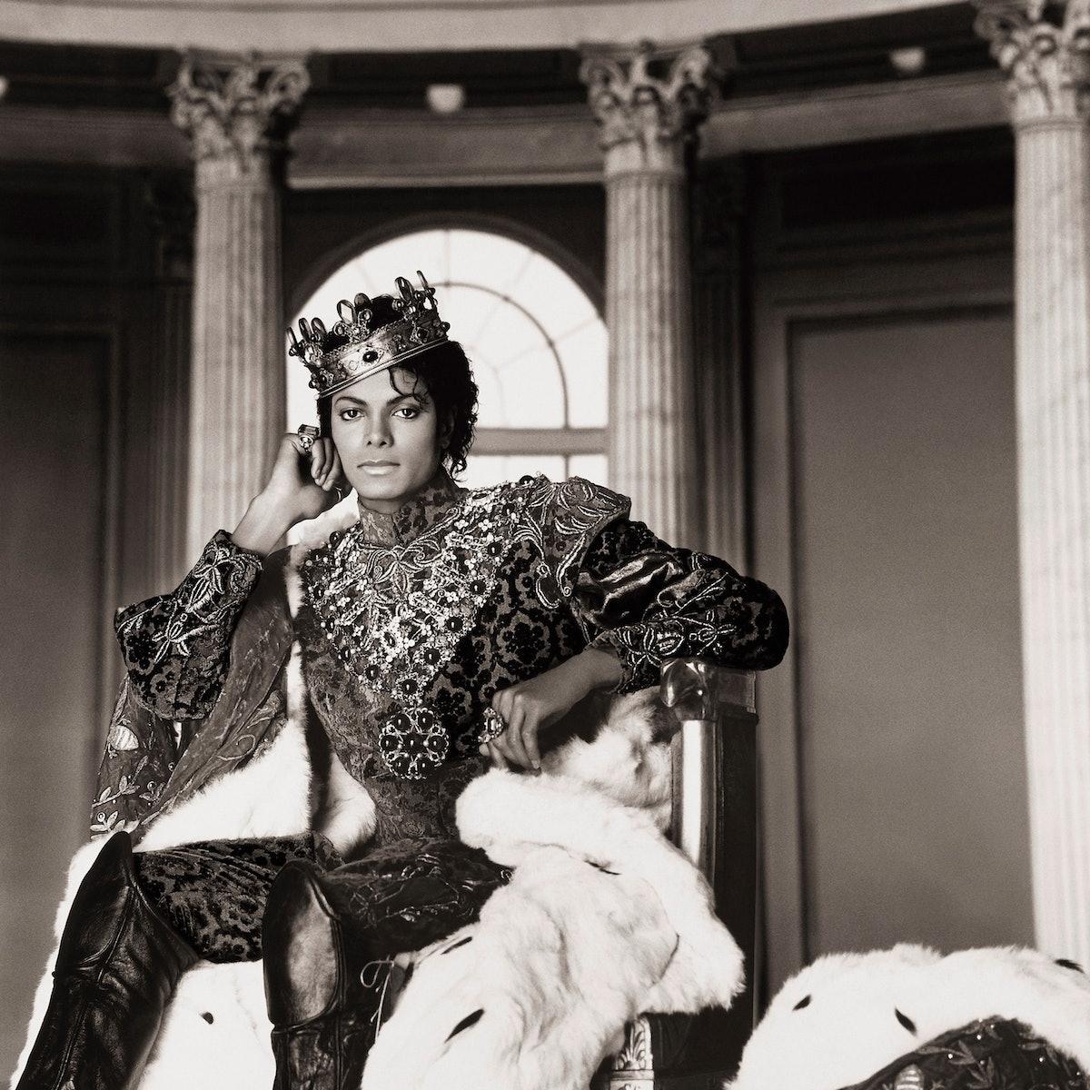 003 Michael Jackson King.jpg