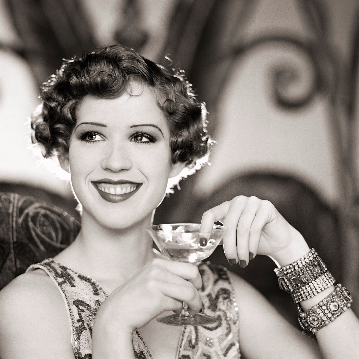 010 Molly Ringwald 1920s Style.jpg