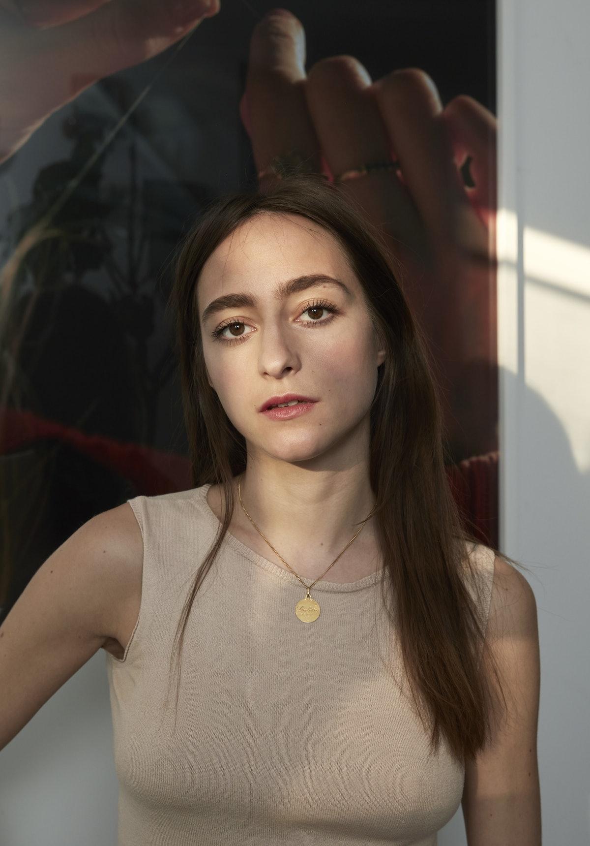 Art Women - December 2017 - Ladies Who Look