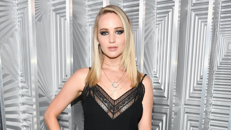 Jennifer Lawrence: Dating Darren Aronofsky During Mother! Press Was Exhausting