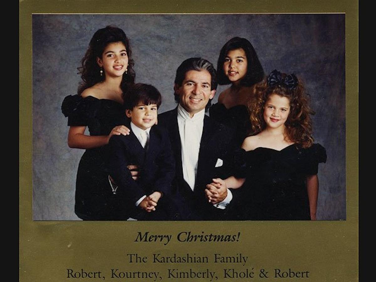 The Kardashian Christmas Card 2021 Tbq1wneosk3gwm