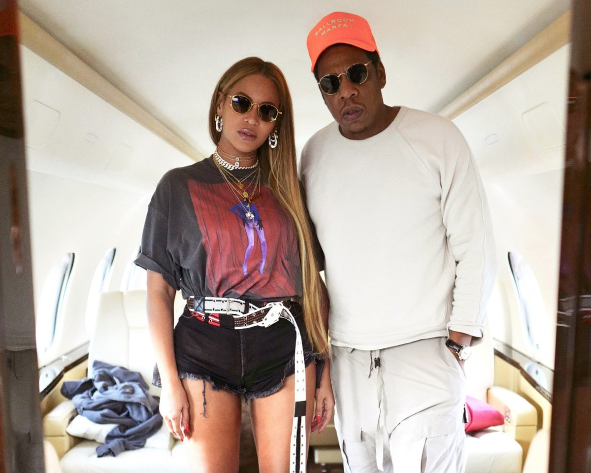 Beyonce Rocks Booty-Baring Hot Pants in Sexy New Photos With Jay-Z