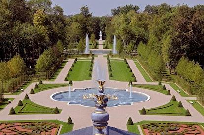 Château_Louis_XIV_—_Jardins..jpg