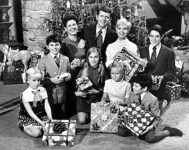 BRADY BUNCH, Susan Olsen, Christopher Knight, Ann B. Davis, Maureen McCormick, Robert Reed, Florence