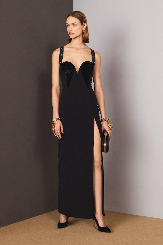 32-Versace-Pre-Fall-18.jpg