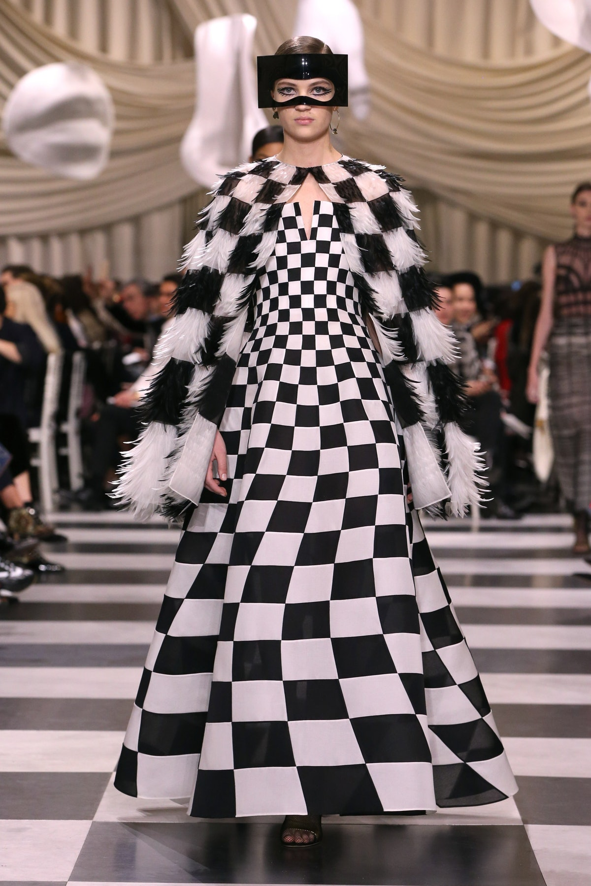 DIOR_HAUTE COUTURE_SPRING-SUMMER 2018_LOOK (19).jpg
