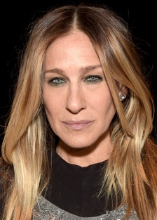 """Sarah Jessica Parker Says She's """"Heartbroken"""" Over Kim Cattrall's Non-Stop Shade"""