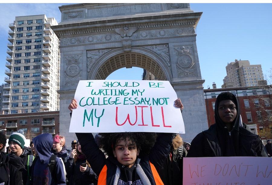 US-POLITICS-GUNS-SCHOOLS-PROTEST