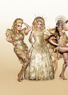 RPDR_GOLDEN_WALL_GROUP_SHOT_RETOUCHED_APPROVED_PRESS_2300px.jpg