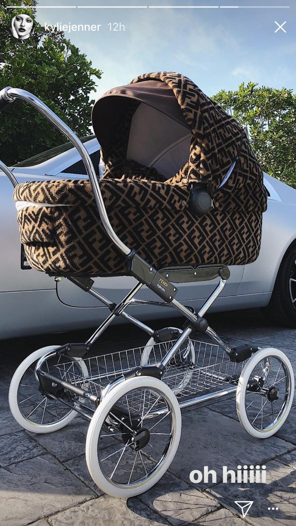 kylie-jenner-fendi-stroller-insta.png