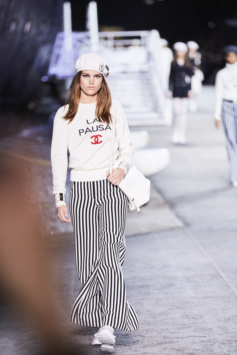 LOWE_CHANEL CRUISE 2018_19_PARIS__258.jpg