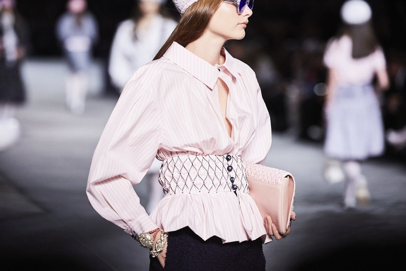 LOWE_CHANEL CRUISE 2018_19_PARIS__393.jpg