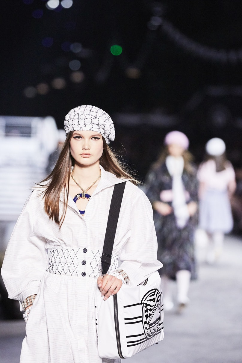 LOWE_CHANEL CRUISE 2018_19_PARIS__398.jpg
