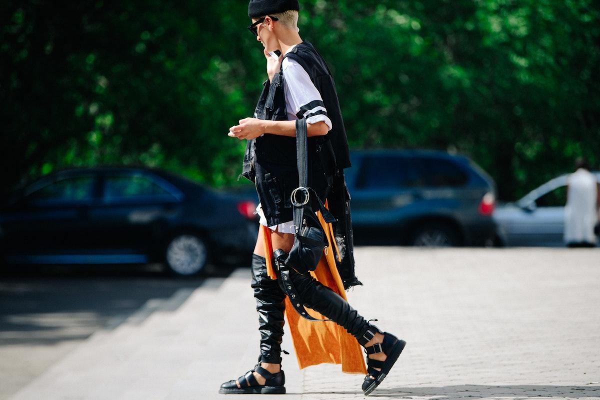 Le-21eme-Adam-Katz-Sinding-W-Magazine-Mercedes-Benz-Fashion-Week-Tbilisi-Fall-Winter-2018-2019_AKS35...