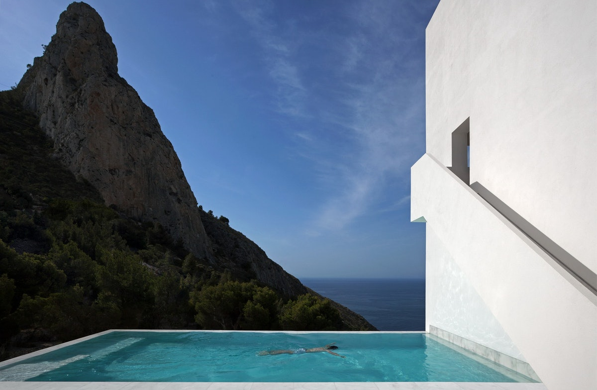 ©_Architecture- FRAN SILVESTRE ARQUITECTOS, House on the cliff Photography- DIEGO OPAZO16.jpg