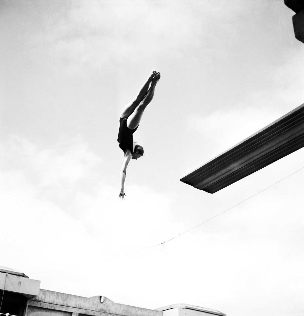 Female Diving Contest At The Swimming Pool Georges Vallerey In Paris