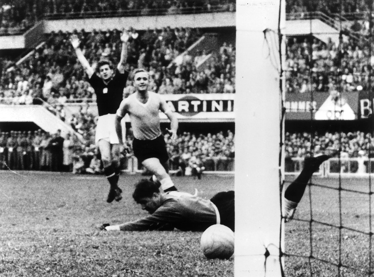 1954 FIFA World Cup in Switzerland Semi-final in Lausanne: Hungary 4 - 2 Uruguay (after extra time) ...