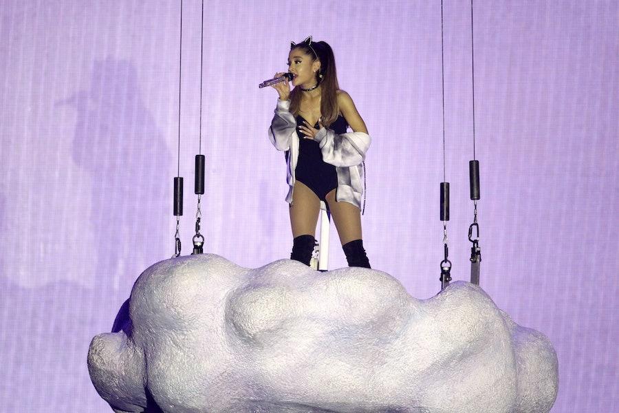 """Amerikanische Sängerin Ariana Grande gastiert auf ihrer """"The Honeymoon""""-Tour in der Lanxess-Arena Köln"""
