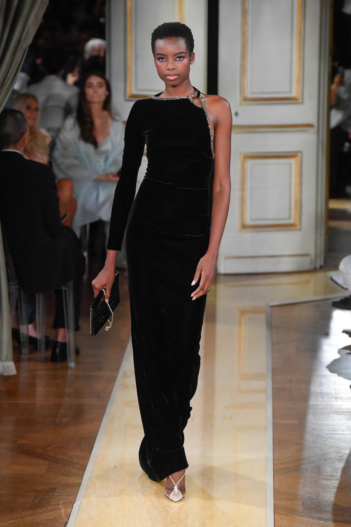 Giorgio Armani Prive : Runway - Paris Fashion Week - Haute Couture Fall/Winter 2018-2019