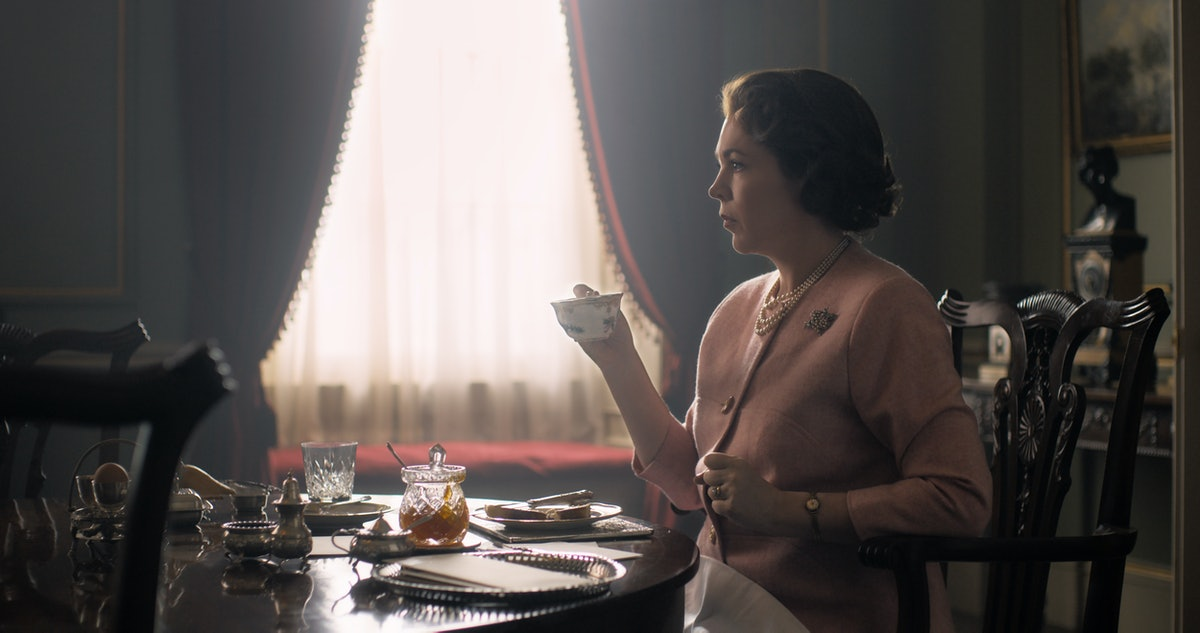 First Look At The New Queen Elizabeth in 'The Crown' 1