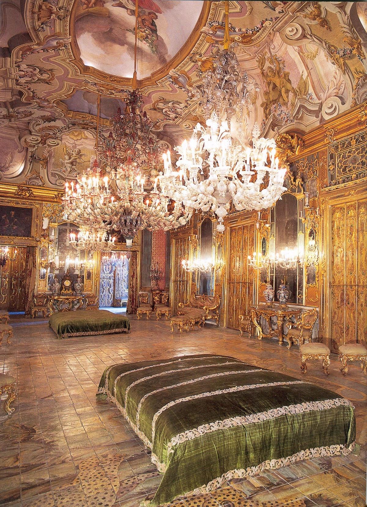 Palazzo Gangi -salone degli specchi.jpg