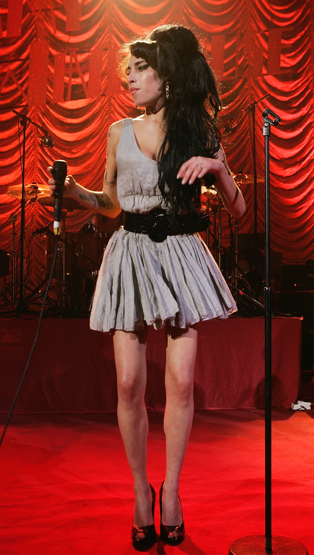 Amy Winehouse Performs At Shepards Bush Empire