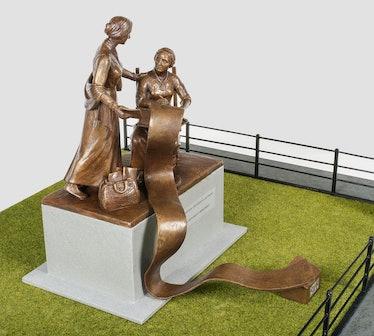 central-park-women-statue-model.jpg