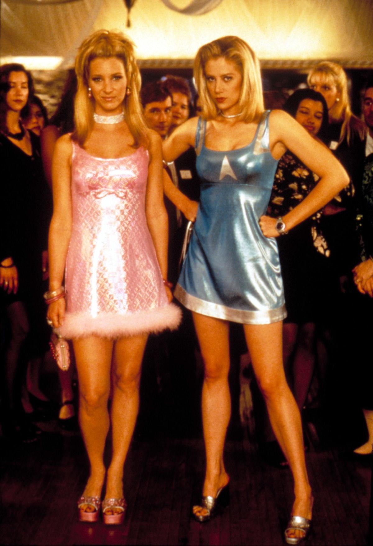 ROMY AND MICHELE'S HIGH SCHOOL REUNION, Lisa Kudrow, Mira Sorvino, 1997.