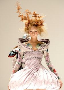 """Paris Fashion Week - Alexander McQueen """"Ready to Wear"""" Spring/Summer 2005"""
