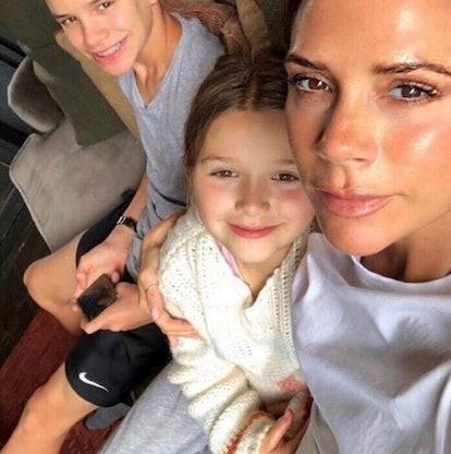 0_Victoria-Beckham-and-Harper-watch-Spiceworld.jpg