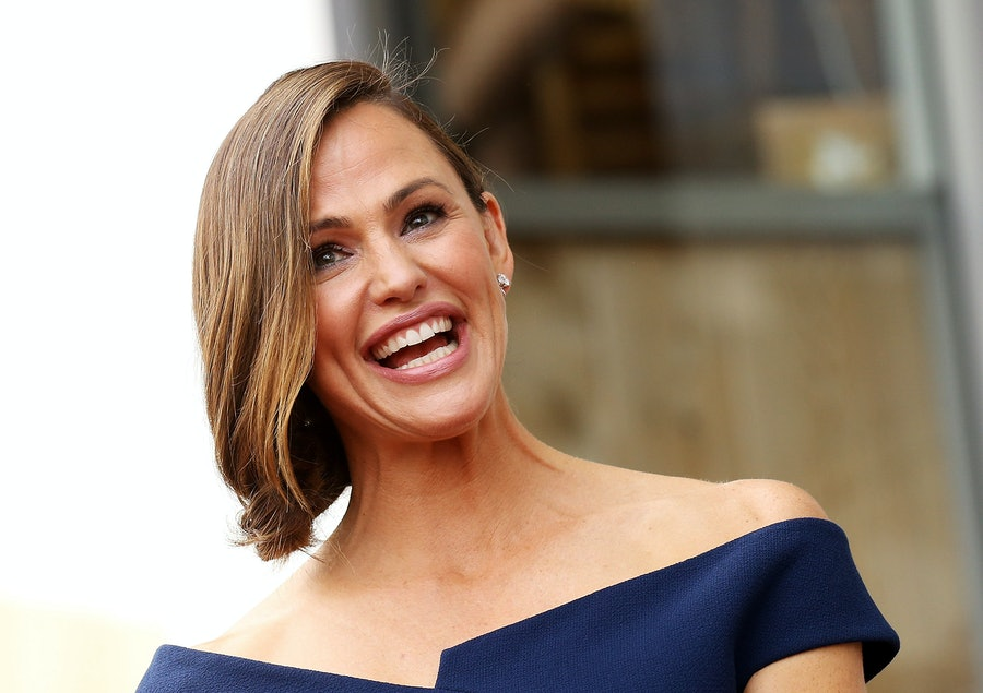 Jennifer Garner Wore the Exact Dress That Meghan Markle Wore lead