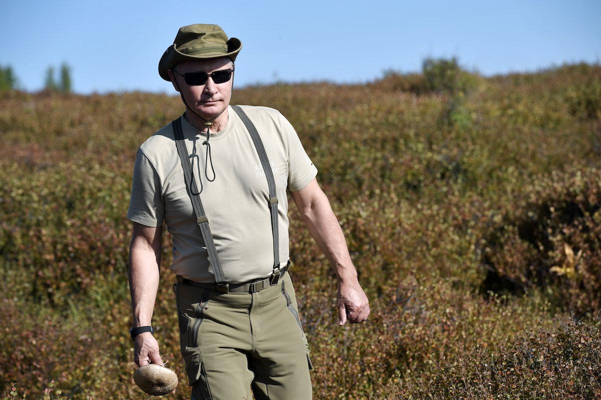 TOPSHOT-RUSSIA-POLITICS-PUTIN-VACATION