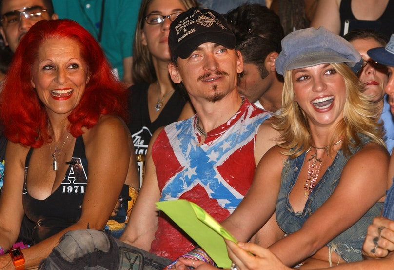 Mercedes-Benz Fashion Week Spring Collections 2003 - House of Field - Front Row