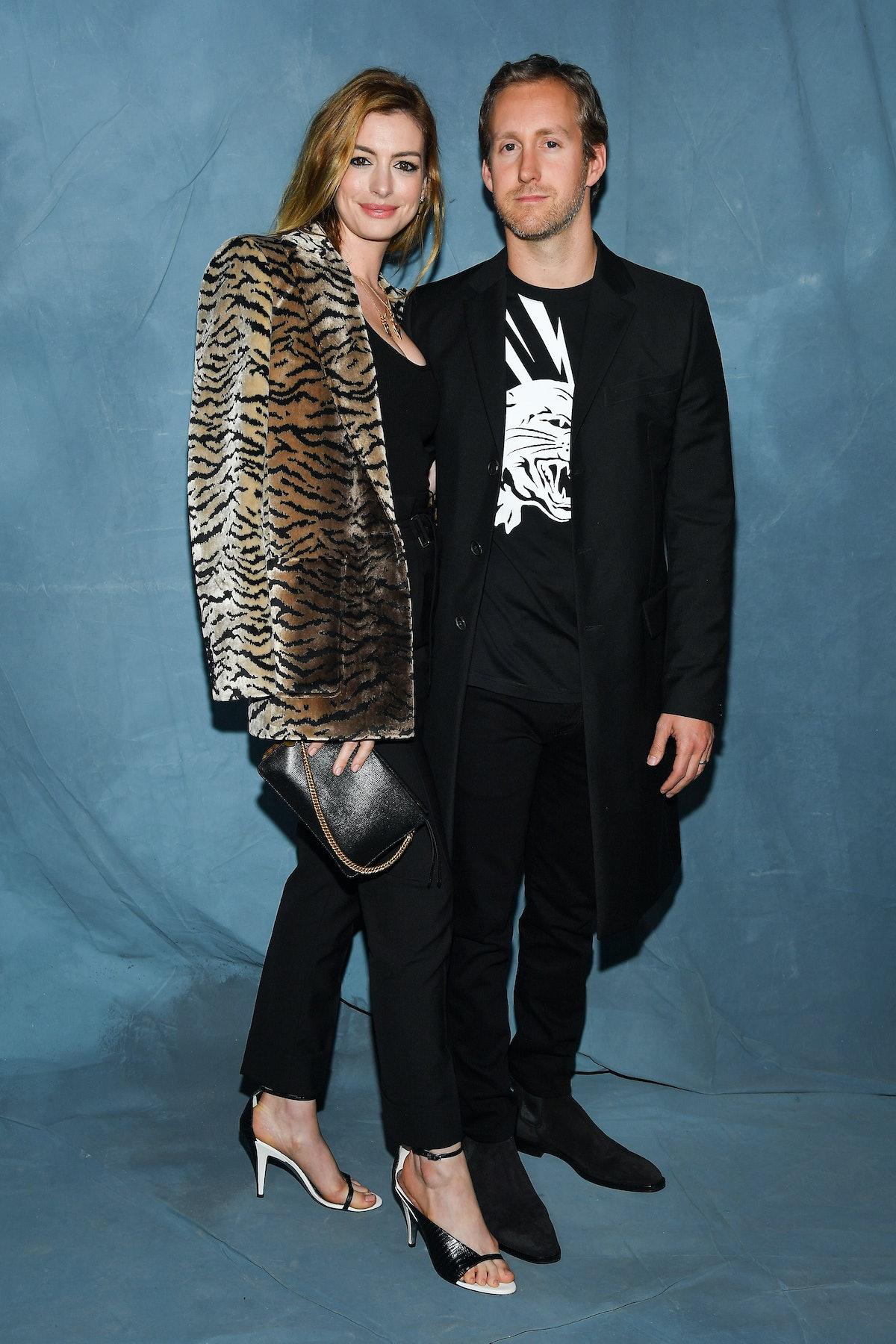 Givenchy : Photocall - Paris Fashion Week Womenswear Spring/Summer 2019
