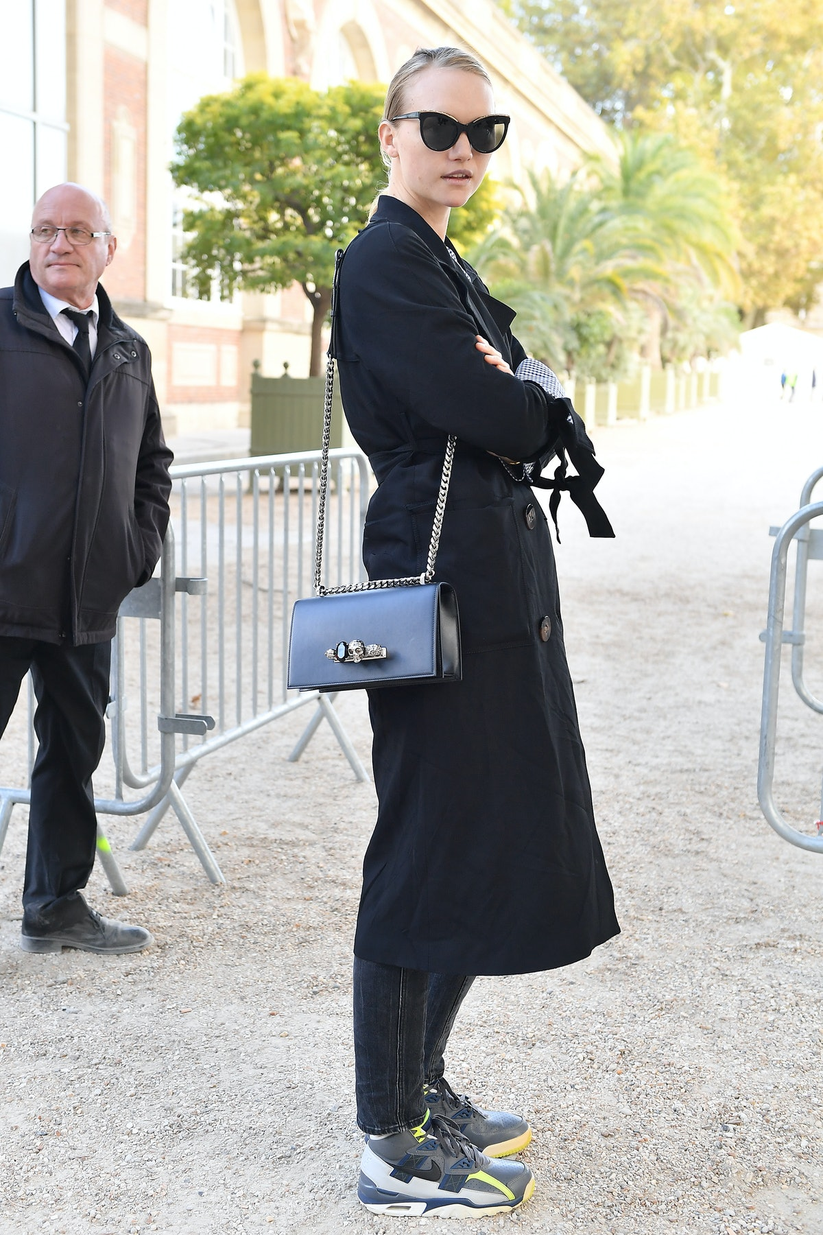 Alexander McQueen : Outside Arrivals - Paris Fashion Week Womenswear Spring/Summer 2019