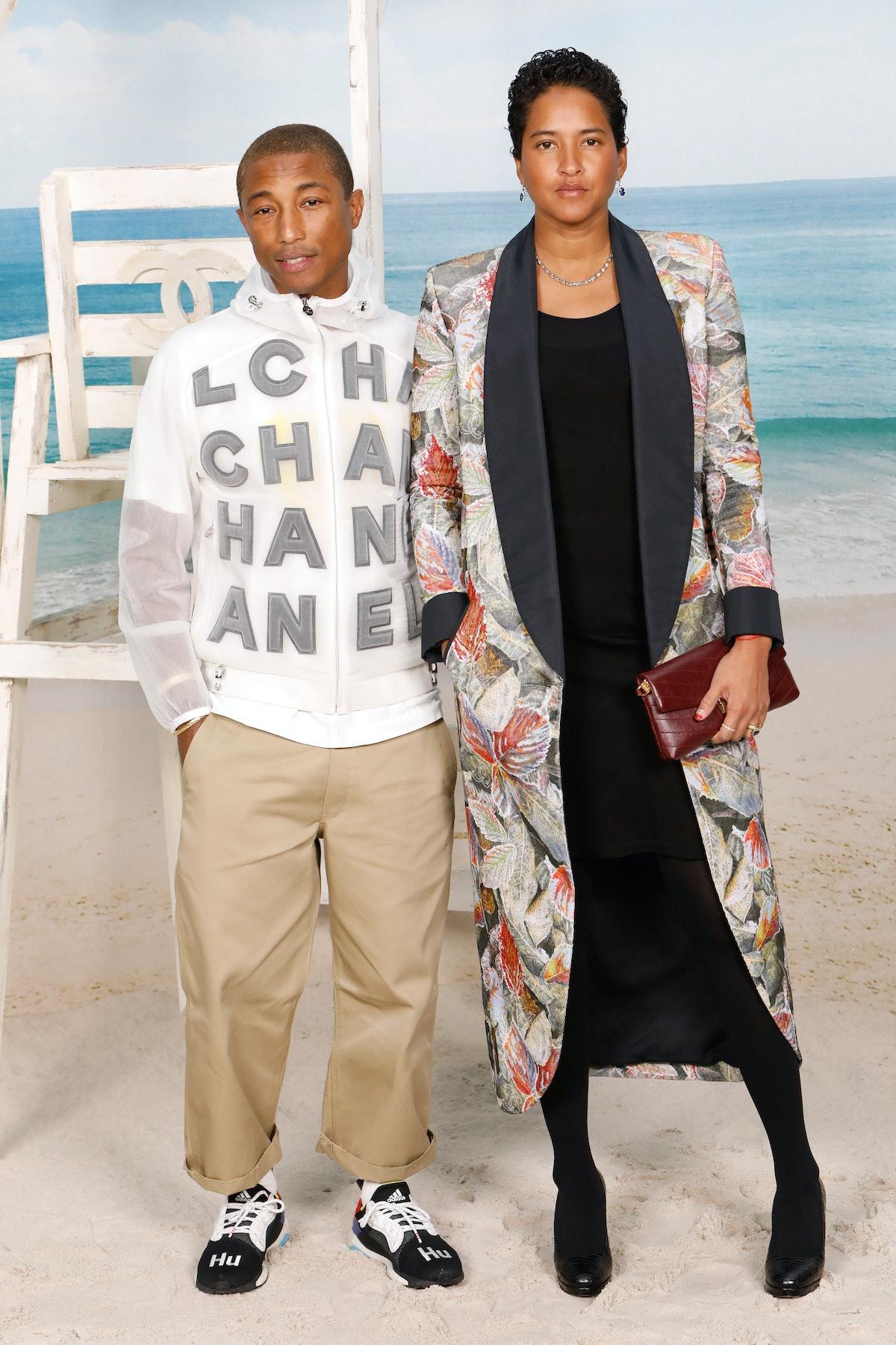 Chanel : Photocall - Paris Fashion Week Womenswear Spring/Summer 2019