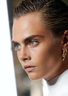 Cara Delevingne Shows Off Her Vocal Chops in New Burberry Ad