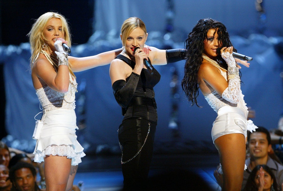 Christina Aguilera Shades MTV for Cutting to Justin Timberlake After Britney Spears Kissed Madonna 1