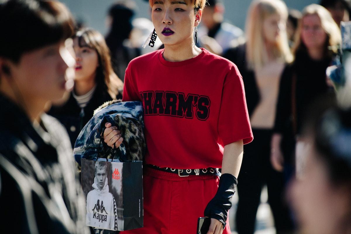 Adam-Katz-Sinding-W-Magazine-Seoul-Fashion-Week-Spring-Summer-2019_AKS2077.jpg