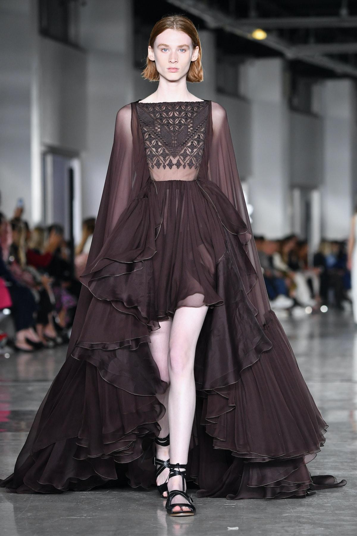 Giambattista Valli : Runway - Paris Fashion Week Womenswear Spring/Summer 2019