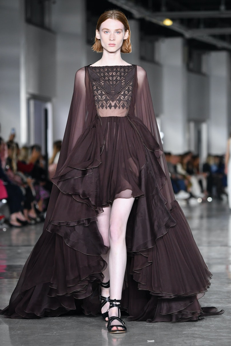 Giambattista Valli : Runway - Paris Fashion Week Womenswear Spring/Summer 2019