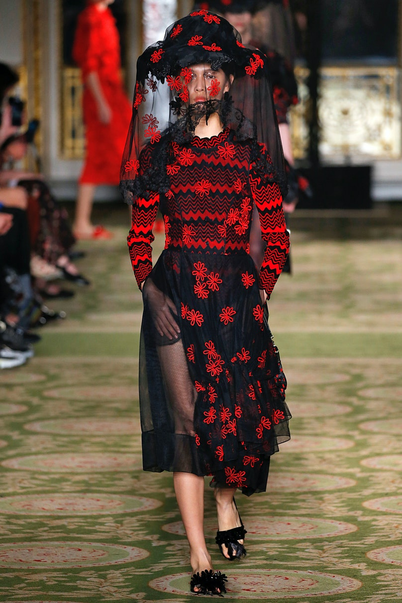 Simone Rocha - Runway - LFW September 2018
