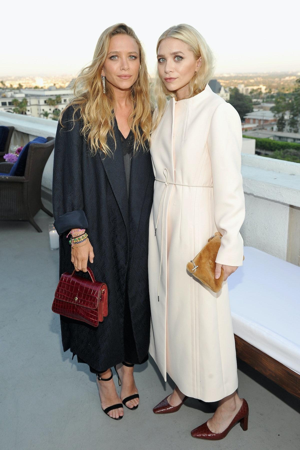 Mary-Kate and Ashley Olsen embed 4