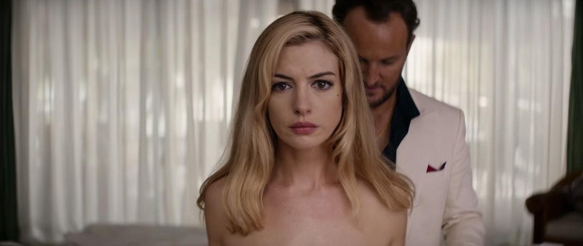 blonde-anne-hathaway.jpg