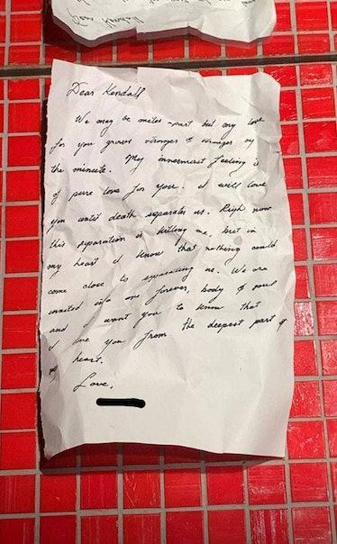 rs_634x1024-181210184336-634-kendall-jenner-mystery-love-letter.jpg