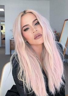 Khloé Kardashian pink hair